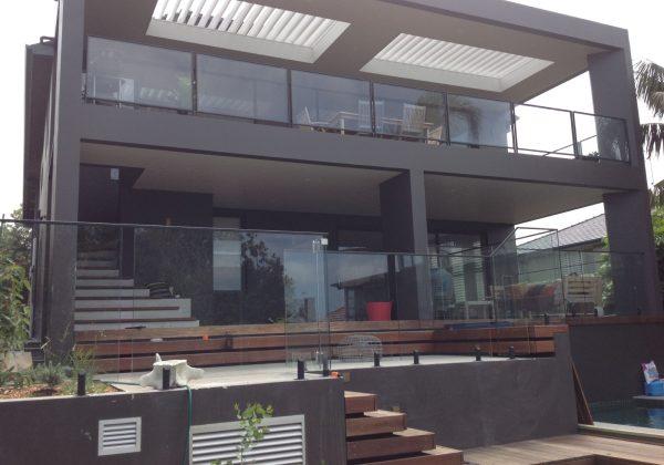 custom-black-frameless-glass-sydney