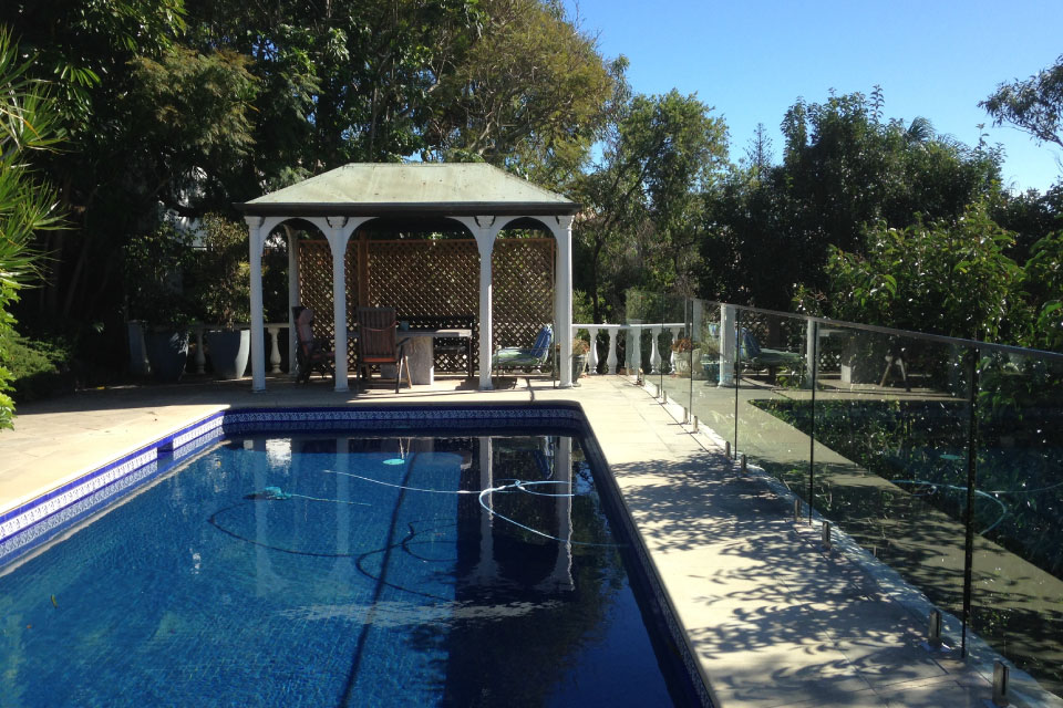 glass balustrade for pool area in vaucluse