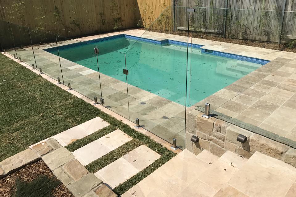 travertine-steps-glass-custom-panel